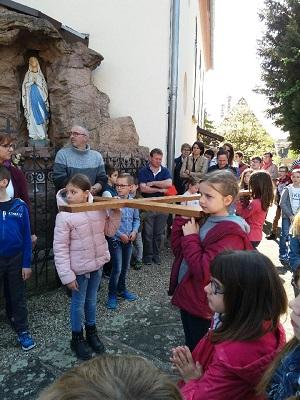 Chemin de croix avec les familles Vendredi 19 Avril à Uttenheim