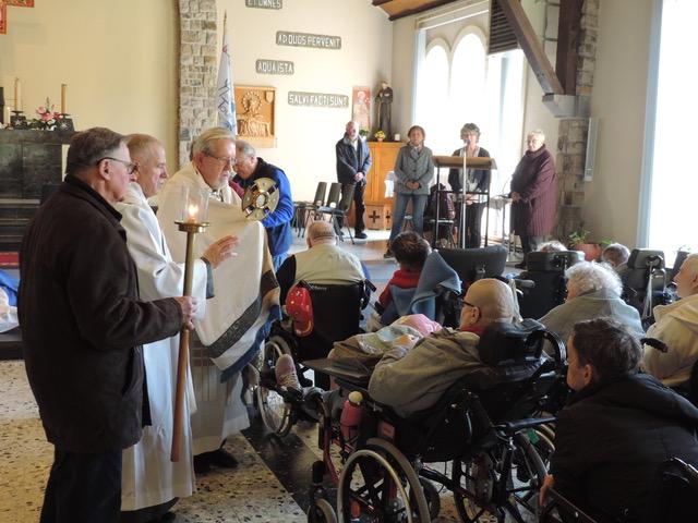 la fraternité des malades en Pélerinage à Banneux