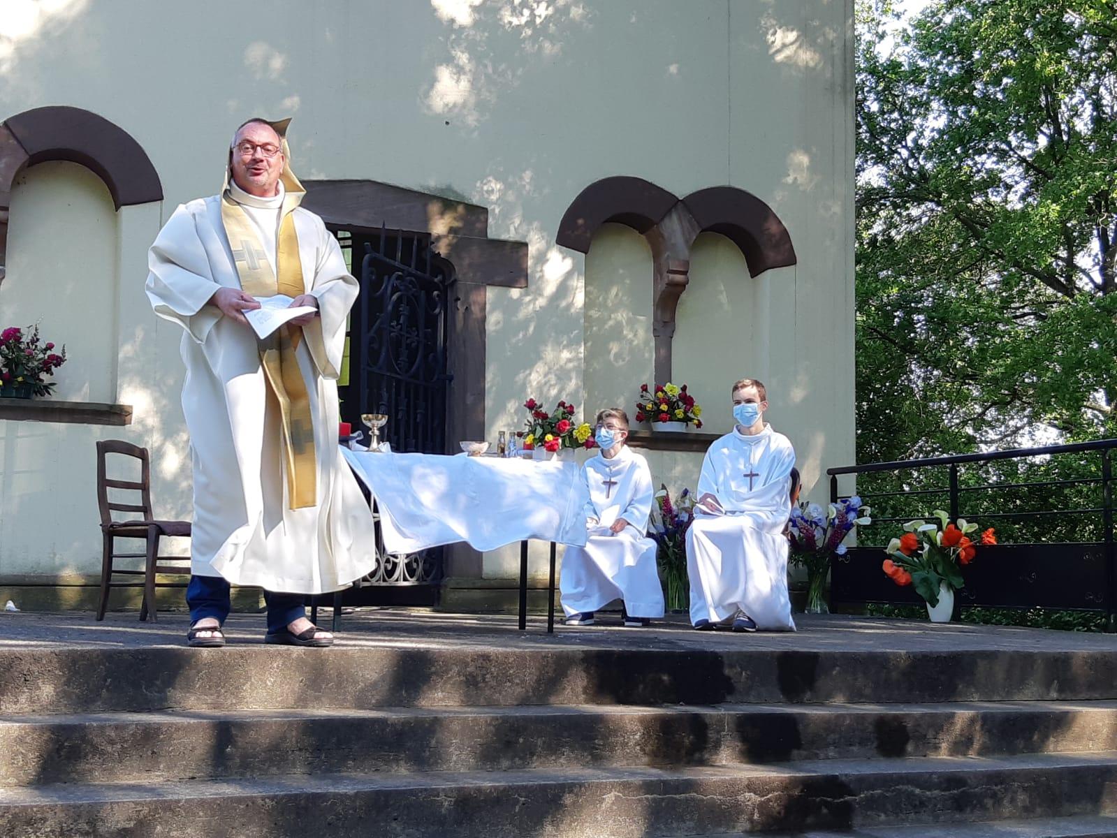 Célébration de la Sainte Trinité - Chapelle St Materne - 30 mai 2021